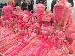 Pink Table L Pink Project Table De Portia Munson 1994 2016 Sur Le Stand De
