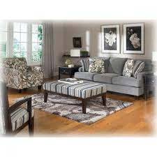 What Color Curtains Go With Gray Walls Steel Accent Chair