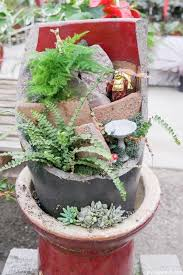 10 ideas for what to do with broken plant pots