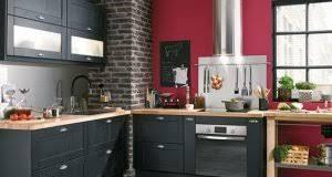 decoration de cuisine déco cuisine idée peinture carrelage couleur et meuble