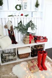 Entry Table Decor by Best 25 Christmas Entryway Ideas Only On Pinterest French