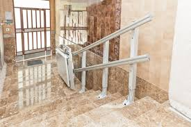 pedana per disabili montascale a pedana porta carrozzine per disabili