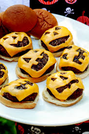 Easy Snacks For Halloween Party by Jack O U0027 Lantern Great Turkey Burger Idea For Halloween Party Or