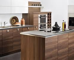 modele cuisine darty des cuisines modernes en bois le retour euphrozine