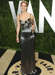 Vanity Fair After Oscar Party Oscars 2013 Jennifer Lawrence Swaps Her Voluminous Gown For A
