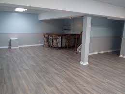 light gray plywood floor for living room design combined with