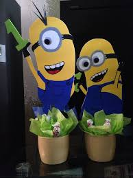 minions centerpieces 96 best minion party images on minion birthday