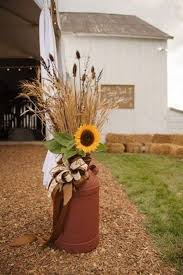Outdoor Fall Decor Pinterest - 30 rustic country wedding ideas with milk churn milk jugs front