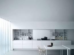 cuisine sur un pan de mur aménagement d une cuisine en longueur tout ce qu il faut savoir