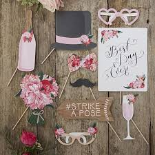 diy wedding photo booth best 25 wedding photo booths ideas on photo booths
