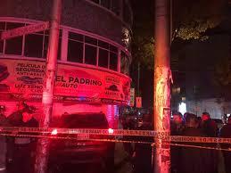 mazda argentina oficial video policía muere prensado en choque de un mazda vs jeep la razón
