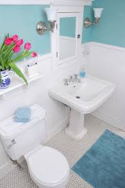 decorate a small bathroom how to decorate a small bathroom