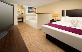 Twin Bed Vs Double Bed Hotel Hotels With Jacuzzi In Room Orlando Avanti Resort Orlando Fl