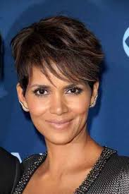 trendy short haircuts for women over 40 short hairstyles 2016