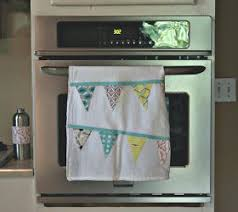 kitchen towel craft ideas lola pink fabrics a scrappy project bunting tea towel for the