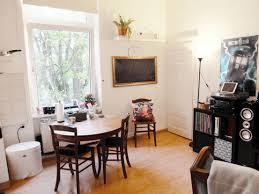 Das Wohnzimmer Wiesbaden Biebrich 2 Zimmer Wohnung Zu Vermieten Hopfgartenstr 11 65203 Wiesbaden