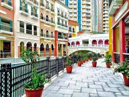 global city mckinley hills and fort bonifacio condominiums venice luxury residences price from php 7 000 000 pre selling