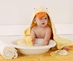Bathing A Baby In A Bathtub Best 25 Baby Bath Time Ideas On Pinterest Baby Bathing Baby