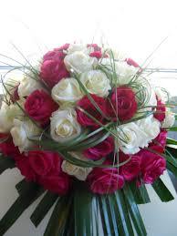 composition florale avec des roses composition florale bruges bordeaux bassin d u0027arcachon adonis
