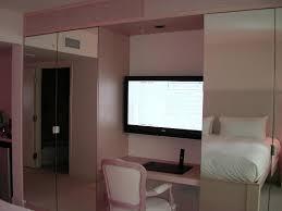 Schlafzimmer Schrank Mit Tv Funvit Com Bodenfliesen Streichen