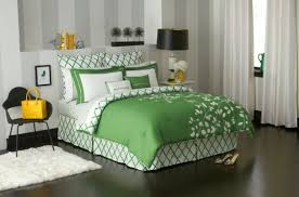 Kate Spade Furniture Kate Spade Is Expanding Its Home Goods Offerings Fashion Trends