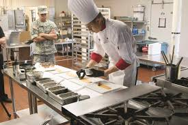 1st infantry division soldier showcases army chow at national