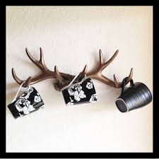 deer antler home decor 18 awesome antler decorating ideas 6 and 17 swoon how does she