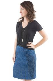 how we wear it a frame skirt union st tee sewing patterns