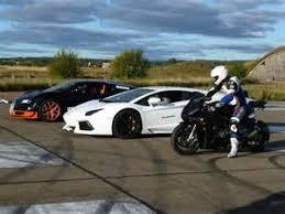 bugatti veyron vs lamborghini gallardo lamborghini vs bugatti veyron idée d image de voiture