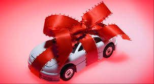 10 best gift ideas for car lovers this christmas carmudi
