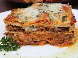 cuisine lasagne cheesy beef lasagne cooking sense magazine