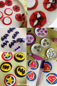 decoration cupcake anniversaire un anniversaire de super héros déco sweet table kit à