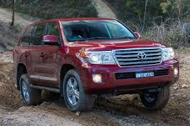 toyota cruiser 2017 toyota landcruiser 200 review whichcar