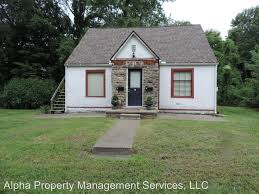 1 Bedroom Apartments In Warrensburg Mo 204 N Charles St 1 For Rent Warrensburg Mo Trulia