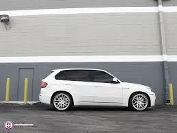 bmw x5 e70 forum e70 x5 x5 m dropped on 22 inch hre 940rl wheels