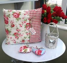 Fabric Shabby Chic by Best 25 Shabby Chic Flowers Ideas On Pinterest Shabby Chic