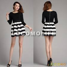zip up black white three quarter sleeve stripes pleated dress m
