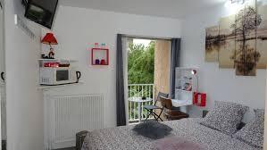 s駱aration chambre chambre avec entrée libre et salle de bain privée 法國科洛米耶