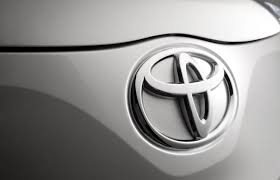 toyota car recall crisis toyota will pay dealers in order to help them cope with the