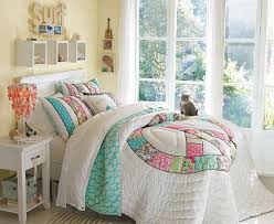 bedrooms decorating a very small girly bedroom collection with