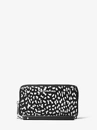 light pink michael kors wristlet michael kors cell phone cases sale at usd 17 98 stylight
