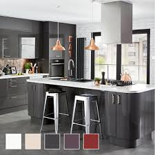 Kitchen Design B Q Fitted Kitchens Traditional Contemporary Kitchens Diy At B Q