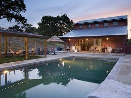 Vacation Homes In Virginia Beach With A Pool Farmhouse 6 Acres Of Privacy In Sonoma Va Vrbo