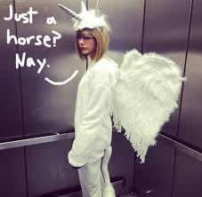 Halloween Unicorn Costume Taylor Swift Shares Epic Equine Halloween Costume
