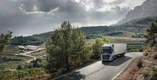 bbc autos make way for the world u0027s fastest truck 100 volvo trucks offers a look volvo trucks farming