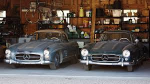 mercedes auction 1955 mercedes 300 sl gullwing and 1957 300 sl roadster pair