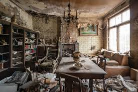 28 abandoned homes with retro wallpaper feathr