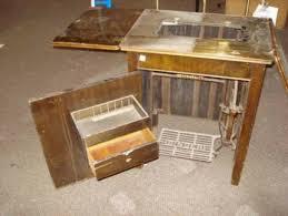 Antique Singer Sewing Machine Table Singer Sewing Machine Cabinet Gumtree Australia Free Local