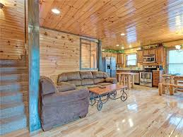 standing bear lodge five bedroom cabin gatlinburg tn booking com