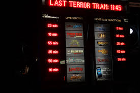 halloween horror nights chainsaw photos of the walking dead silent hill and the texas chainsaw